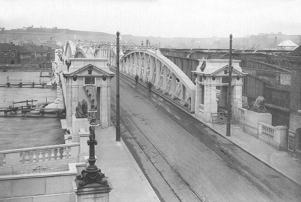 Reconstructed Rochester Approach showing Tramway Tracks Across the Bridge.
