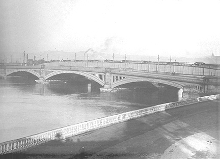 The Victorian Bridge and Rochester Esplanade Before Reconstruction.