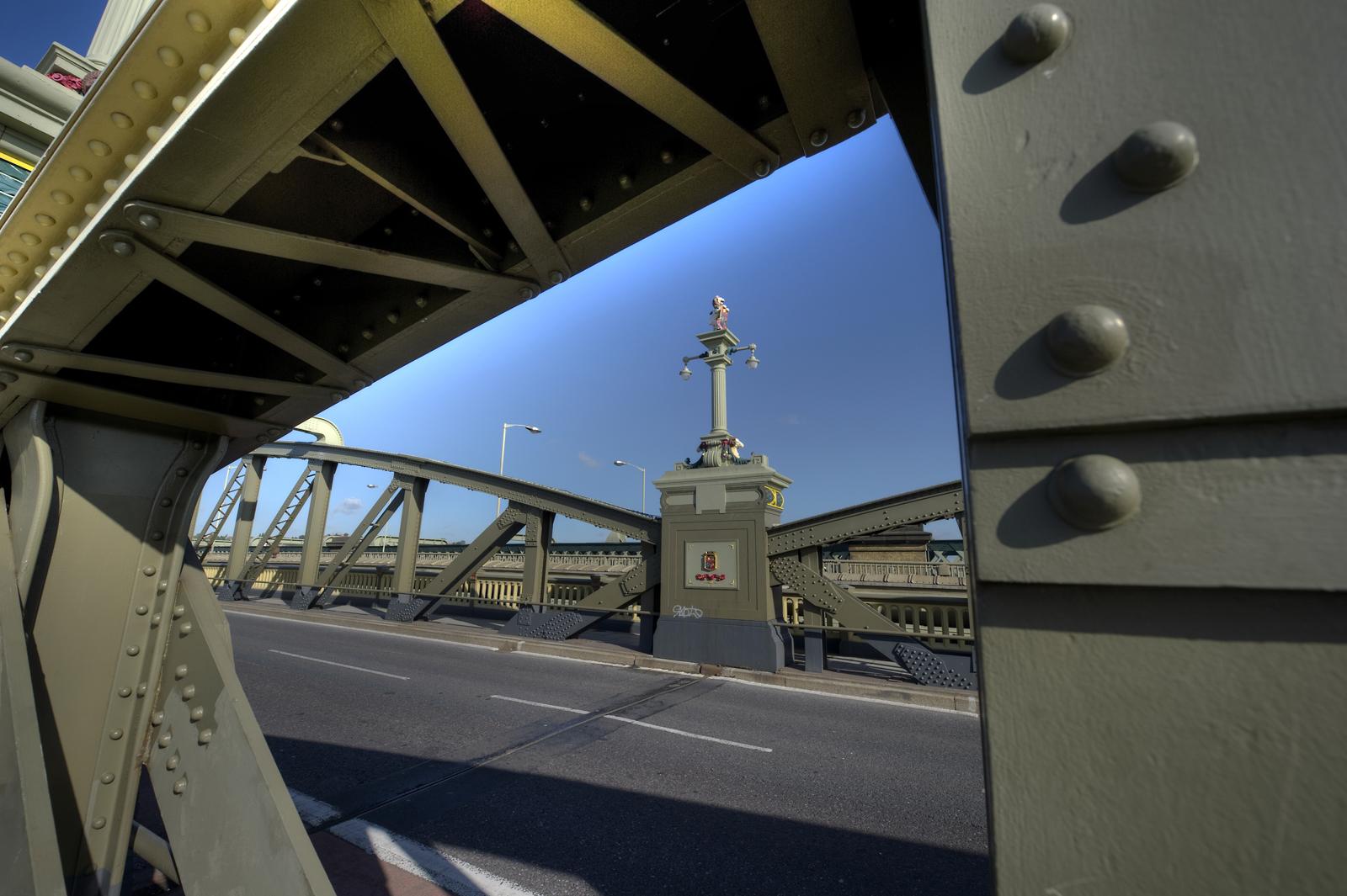 Rochester Bridge generic views 19 10 11 005 ft 1